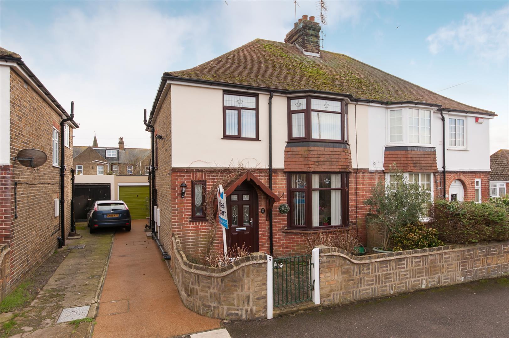 3 Bedrooms Semi Detached House for sale in Eastfield Road, Birchington